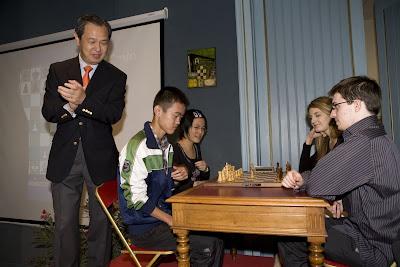 Joueurs et officiels au château de Villandry © Chess & Strategy