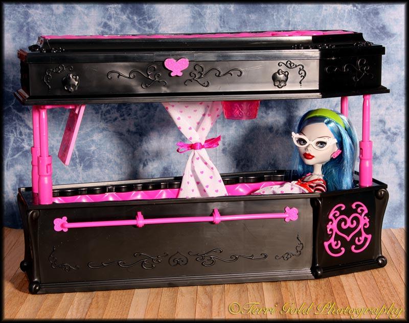 Как сделать для куклы фрэнки штейн