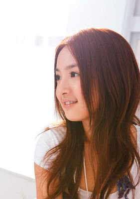 Ariel Lin Biography and Photo Gallery