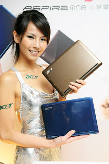 Chinita con Aspire One