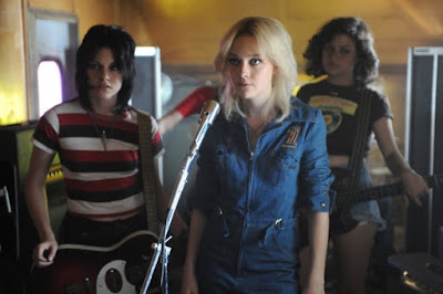 the-runaways-movie-image-8-600x399