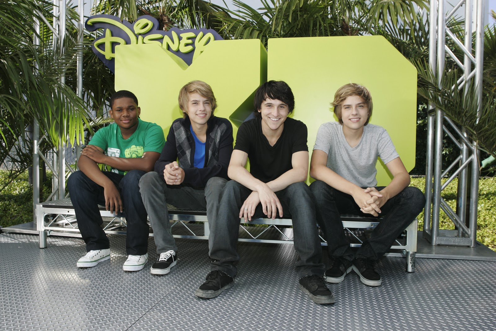 On the teen beat september 2010 mitchel musso doc shaw dylan and cole disney xd twin competition on air photos cole sprouse kristyandbryce Choice Image