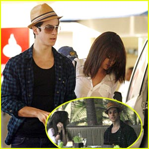 Selena Gomez  David Henrie Kissing on David Henrie   Selena Gomez  Dining Duo