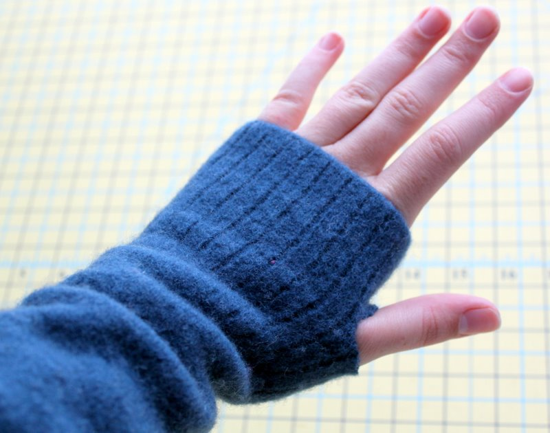 Felted Fingerless Glove Tutorial - The Cottage Mama