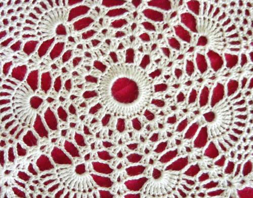La Belle Helene Pineapple Lace Sampler