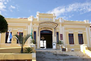 """Centro Cultural """"Izavam Ribeiro Macario"""" (antiga Estação Ferroviária)"""