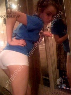 Miley Cyrus Phone Hacked Again, Another Racy Photos Exposed!