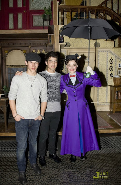[jonas-brothers-mary-poppins-03.jpg]