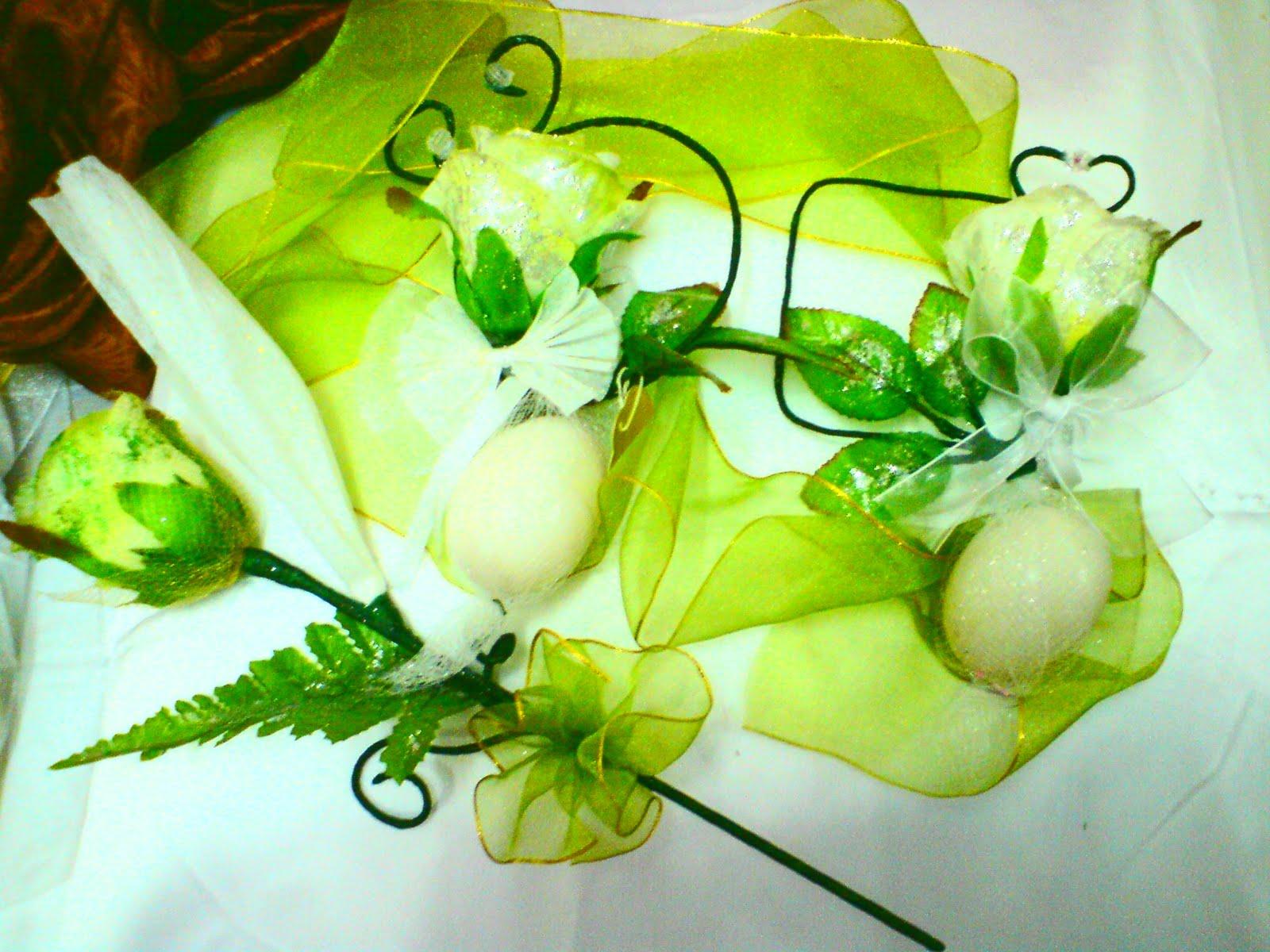 the fruitcake romano and bunga telur Kami izmi collections dapat bantu round fruit cake 02-rm bunga telur saputangan -yellow=rm200 bunga telur saputangan -pink=rm200 bunga.