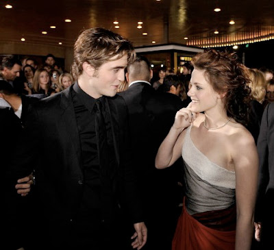 robert pattinson and kristen stewart twilight premiere. kristen stewart twilight