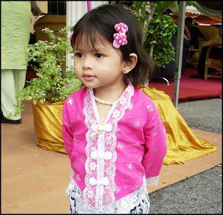 Aleesya & Damia Ayyunie: ::Last Order - Baju Kebaya Kanak-kanak