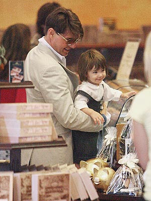 Fashion  Blog on With The Promise Of A Treat  Suri Couldn T Help But Smile As She