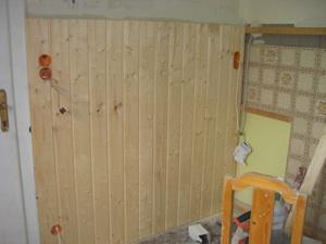 Holzvertäfelung wohnungsrenovierung holzvertäfelung und steckdosen montieren