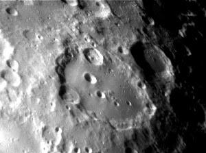 Luna (Cráter Clavius)