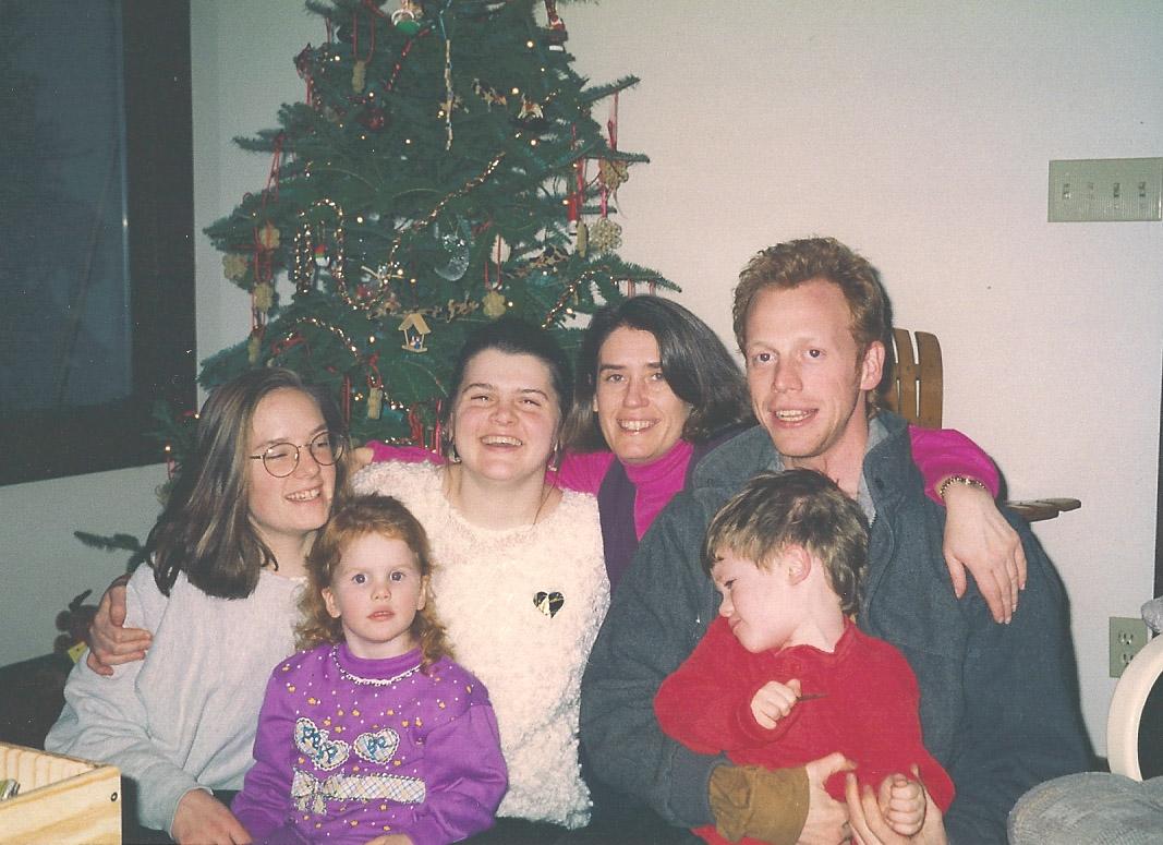 [family_holiday_1993.jpg]