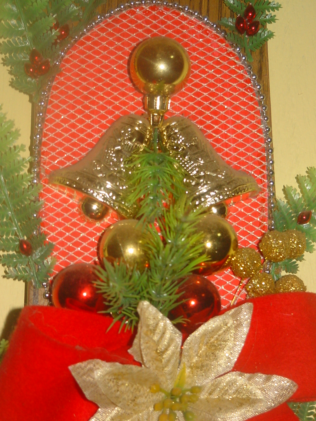 Christmas Decor Made From Recycled Materials : Friends are forever christmas decor from recycled