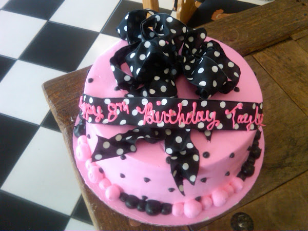 HotPink_Bow_Dot_Birthday54