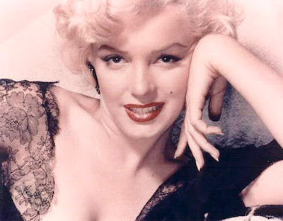 Marilyn Monroe - The way of art, beauty and love