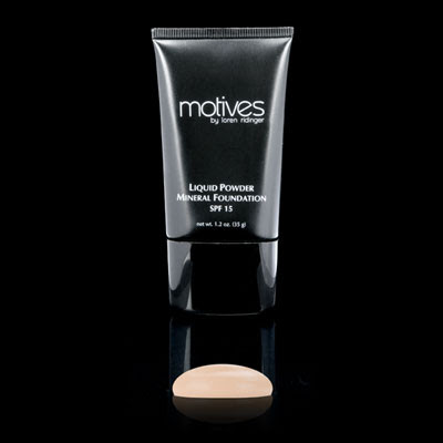 Motives Liquid Mineral Powder Mineral Foundation