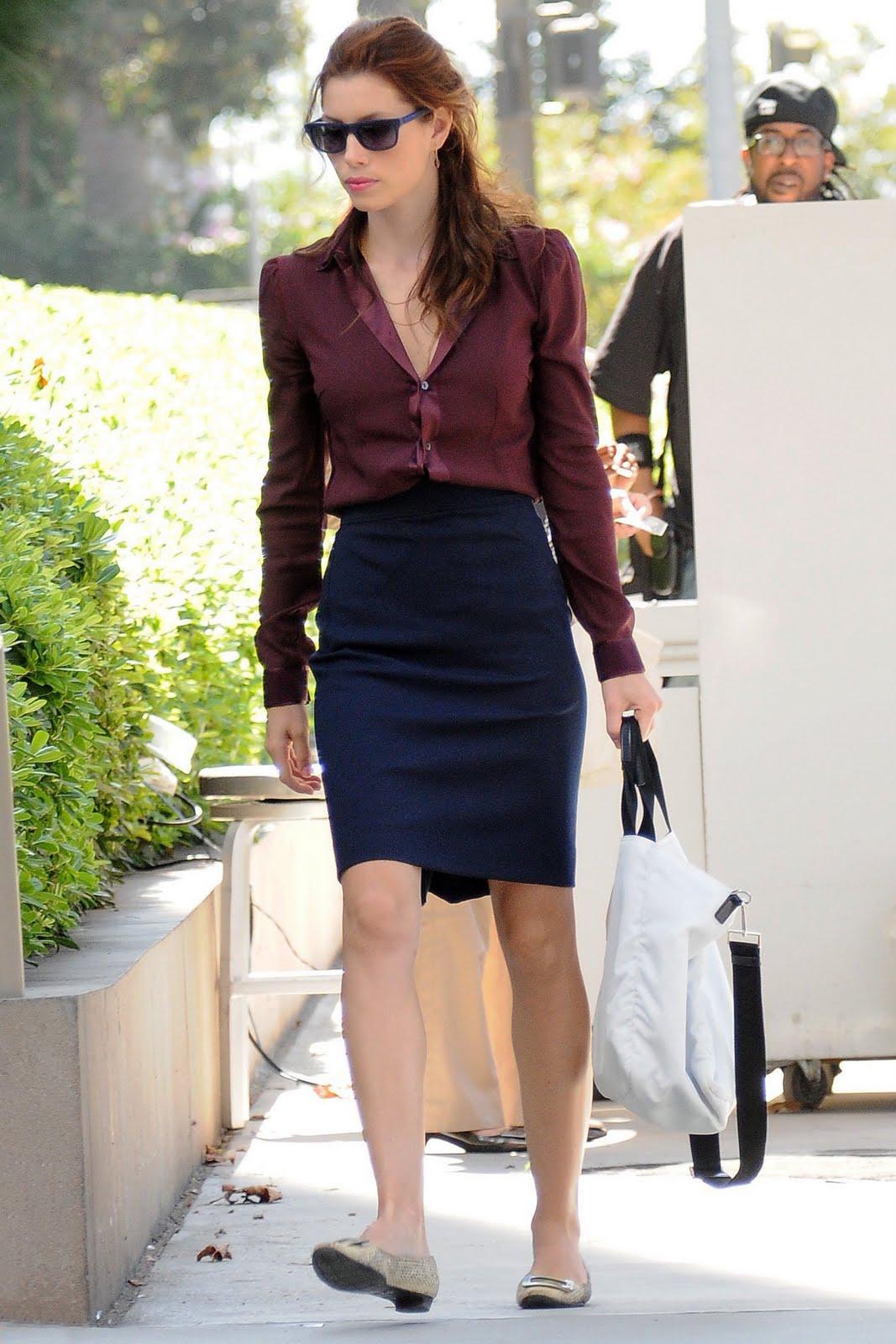 http://1.bp.blogspot.com/_hZpcjbQpsVo/TA5TumTqV1I/AAAAAAAAZ_U/ipR2vibTEAQ/s1600/72669_Celebutopia-Jessica_Biel_filming_Valentines_Day_in_Los_Angeles-02_122_206lo.jpg