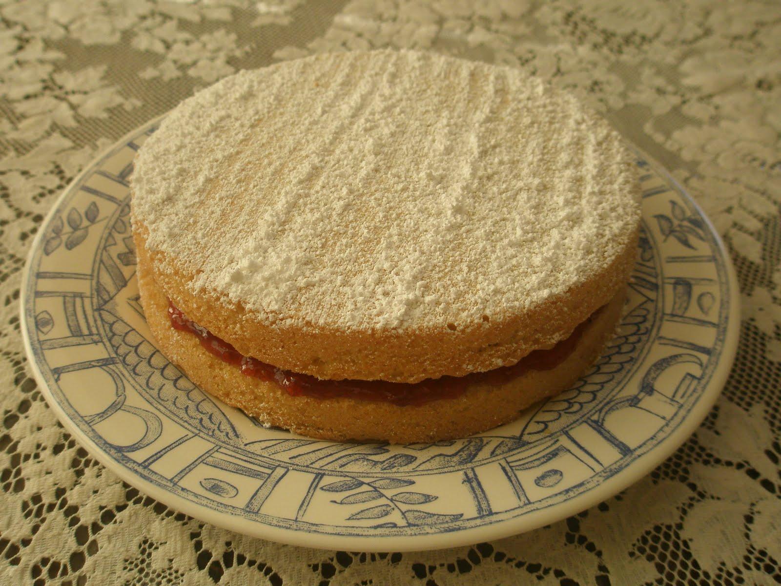 Victoria Sponge Cake (with Jam Filling), Gluten-Free - Art of Gluten ...
