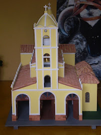 MAQUETA DE LA IGLESIA NUESTRA SEÑORA DEL CARMEN