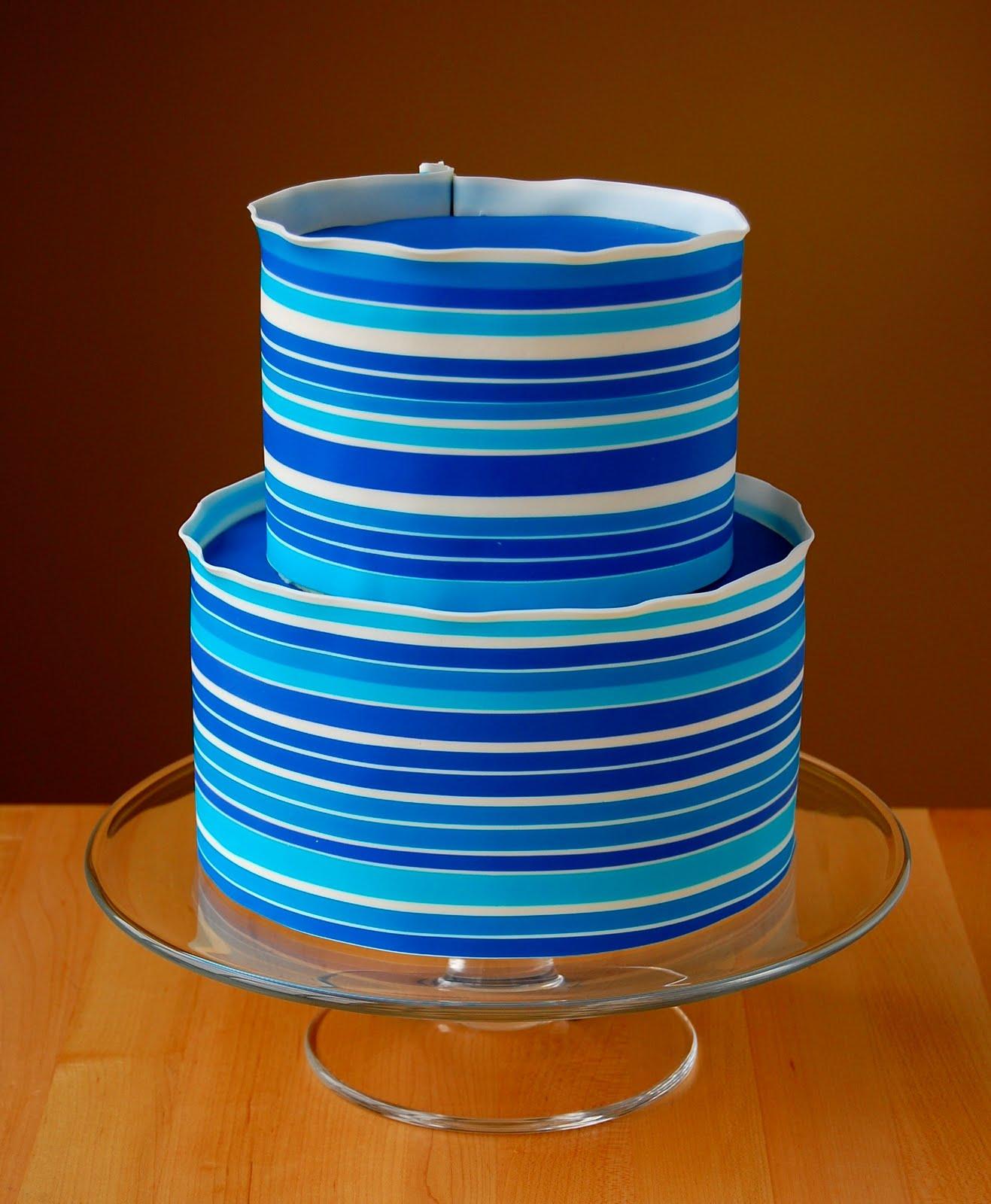 Cake Art Modeling Chocolate : Baking Arts: Modeling Chocolate Wrapped Cakes