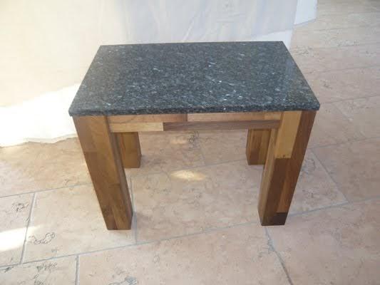 steintisch blog alles rund um tische aus naturstein kleine steintische f rs wohnzimmer. Black Bedroom Furniture Sets. Home Design Ideas