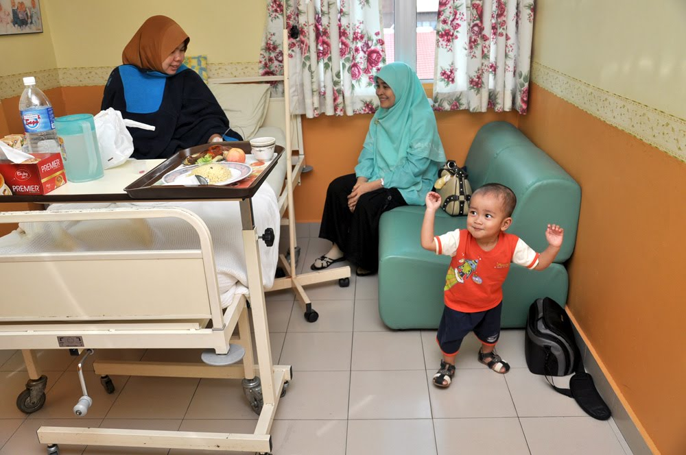 Look Who S Talking Now Akeef Hospital Pakar Al Islam Kampung Baru