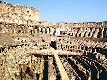Pelangi Malam Rom Kota Mitos
