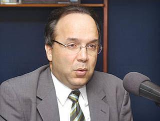 Danilo conspiraría contra reelección de Fernández