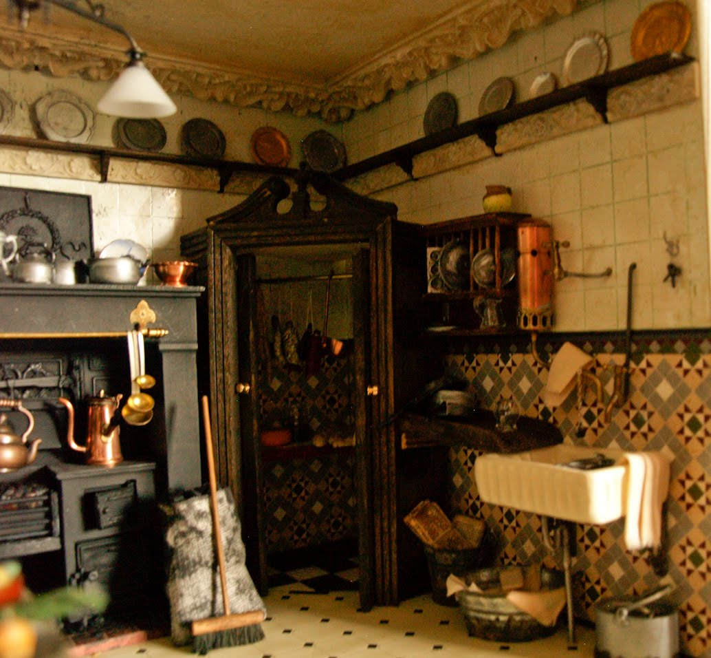 Susan trodden victorian kitchen for Victorian kitchen designs