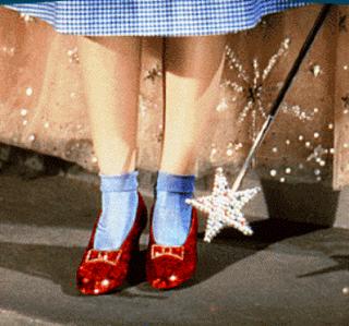 http://1.bp.blogspot.com/_hdAPHUz6g-M/Sfc7VmLpcLI/AAAAAAAABi8/EouzKtGYydg/s320/sapatos_vermelhos_de_Dorothy.png