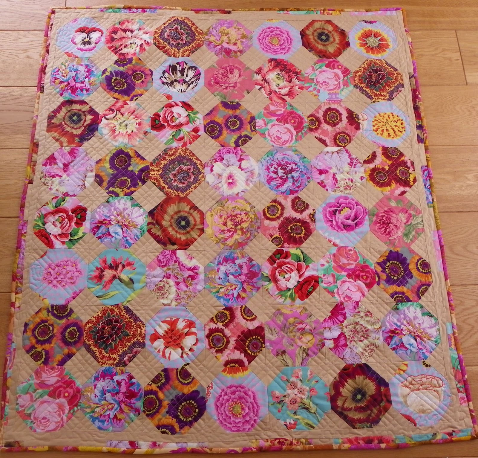Little Island Quilting: It's that time of year again... : kaffe quilts again - Adamdwight.com