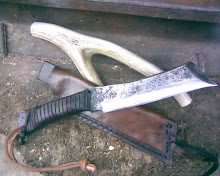 "Cuchillo similar a ""Rambo 4"""