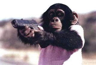 video ape med en pistol watch online