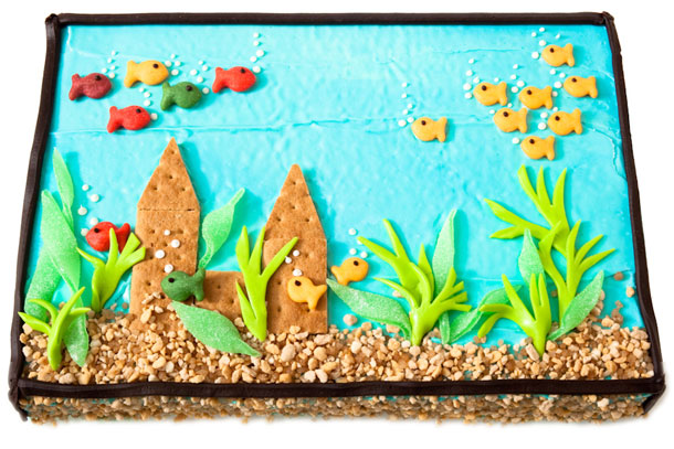 Daily update interior house design adorable diy cakes for Fish tank cake designs