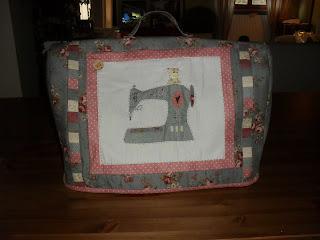 Sweet home blog copri macchina da cucire for Ipercoop macchina da cucire