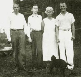 H.P. Lovecraft, Robert H. Barlow, Bernice e Wayne Barlow, foto