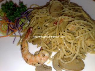 Lunch at Yew's Cafe, Daiman Bowl - Johor Jaya