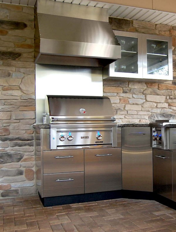 Kitchen and residential design outdoor kitchens by danver for Outdoor kitchen grill hood