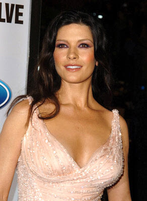 Catherine Zeta Jones loves older man