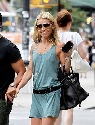 sexy mom kelly ripa