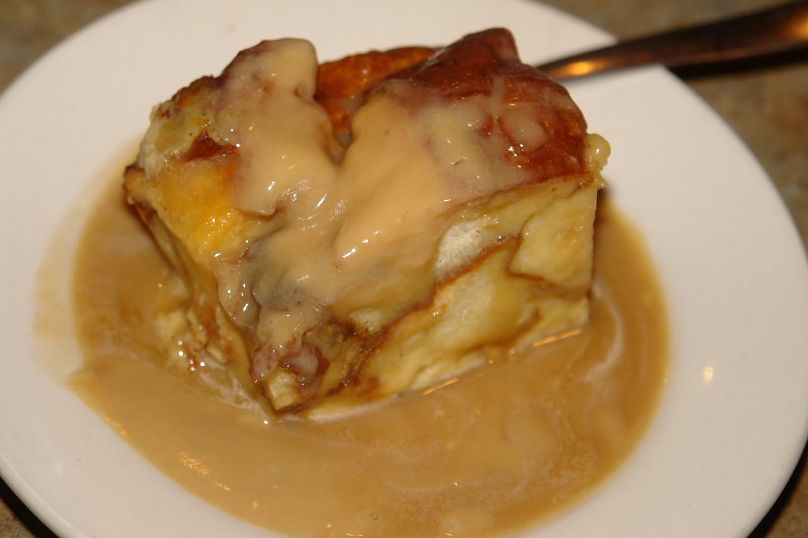 bread pudding with caramel sauce best bread pudding with vanilla sauce ...