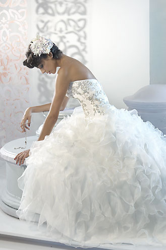 Elegant Custom Wedding Dresses