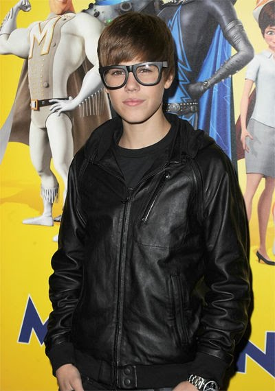 8c3c3750dcf57 Justin Bieber demuestra una vez más que no pierde su chispa. Este sábado 30  de octubre