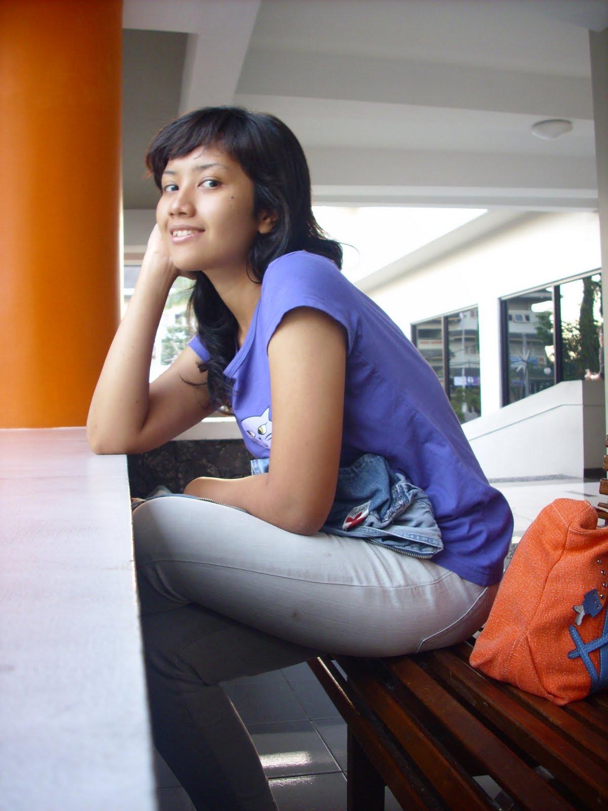 Cewek Gadis Panggilan Jogja http://pitoong.com/index.php?page=search