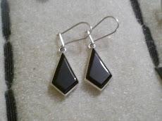 aros plata    $9.990 (piedra obsidiana)