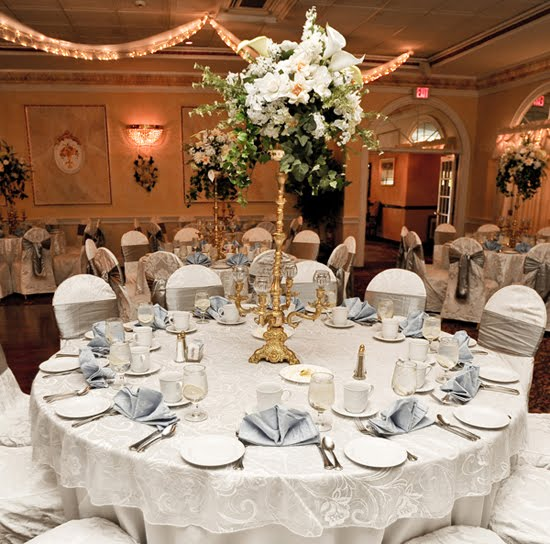I 39ve got a 200 decorating budget for our wedding reception