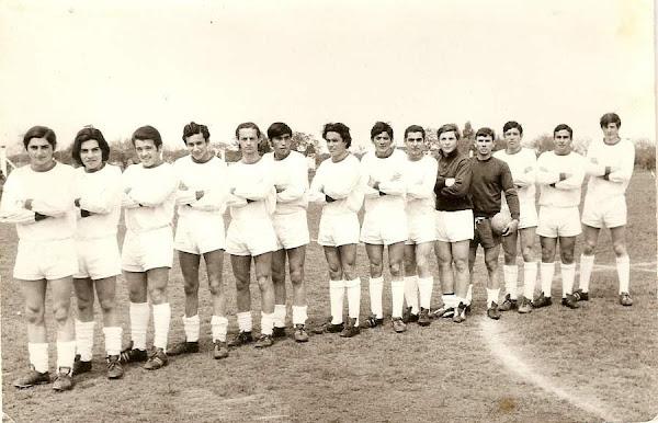 SEGUNDA DIVISIÓN CAMPEONA 1971